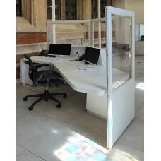 Acrylic Vision Medical Floor Screens